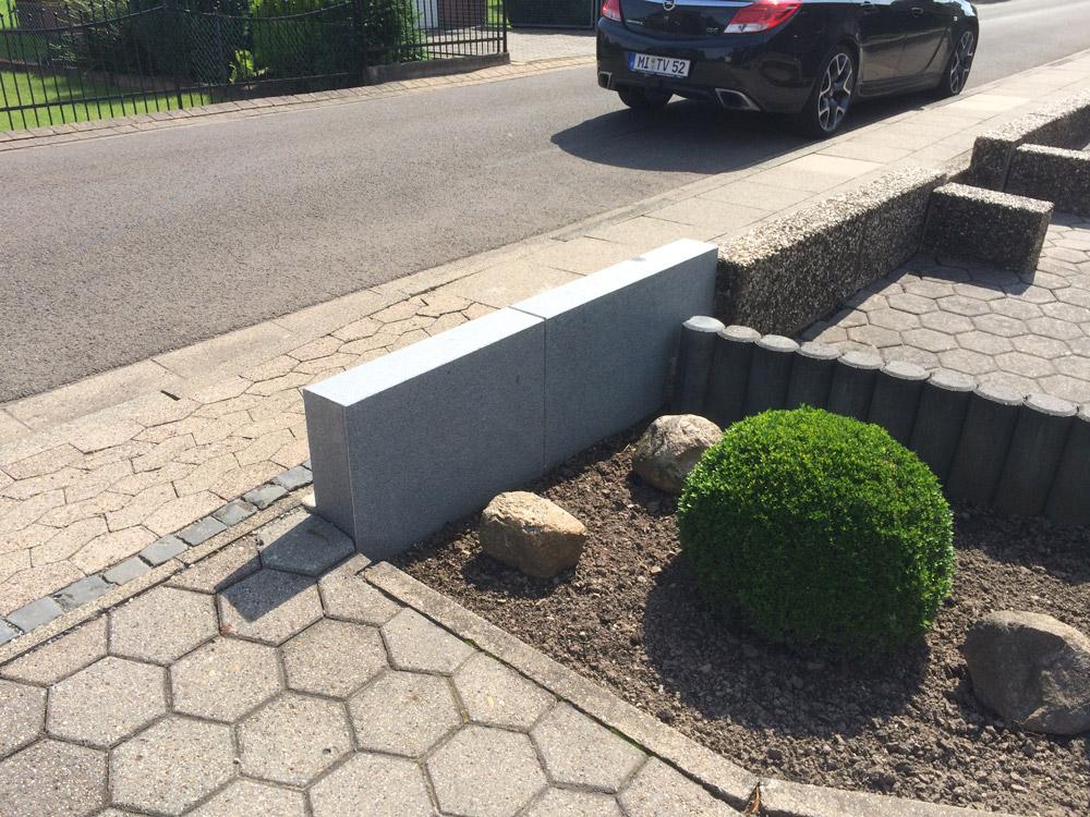 Gartenmauer aus naturstein for Naturstein post