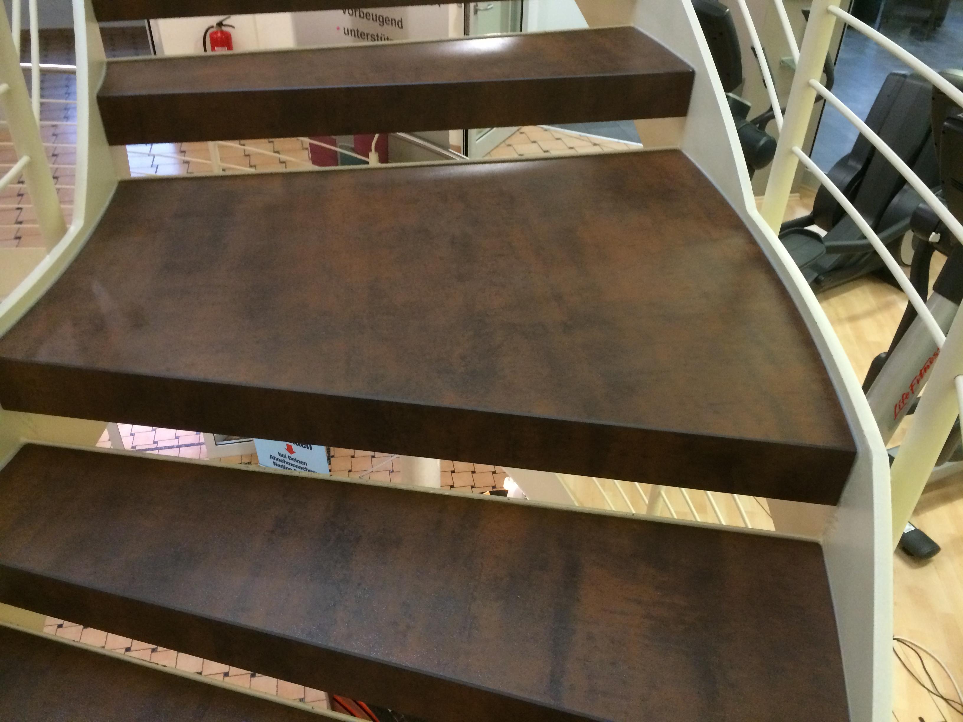 Keramik Innentreppe, hochwertige Treppenauflagen, Treppe & Treppen aus Keramik aus Minden alles von Gebrüder Gräper